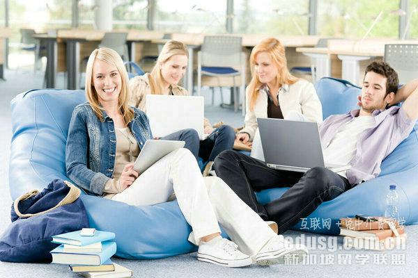 新加坡管理大学在亚洲排名