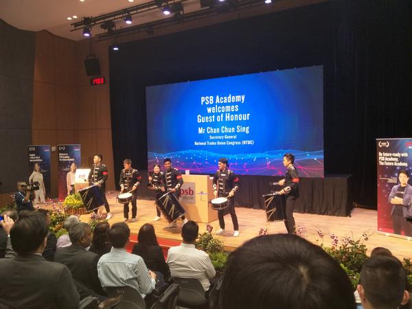 新加坡电子类专业就业形势